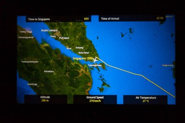 Review of Singapore Airlines flight from Sydney to Singapore in Economy