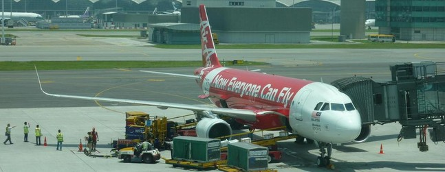 review of air asia flight from hong kong to kuala lumpur in economy. Black Bedroom Furniture Sets. Home Design Ideas