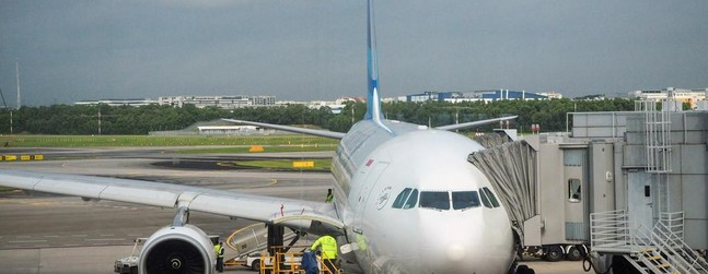 Review of Garuda Indonesia flight from Singapore to Jakarta in Economy