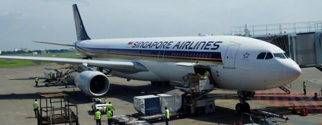 Review Of Singapore Airlines Flight From Surabaya To
