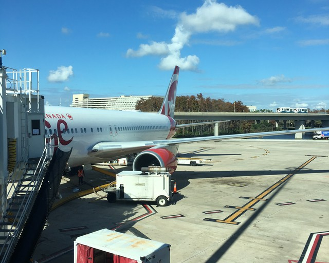 Review Of Air Canada Rouge Flight From Orlando To Toronto In